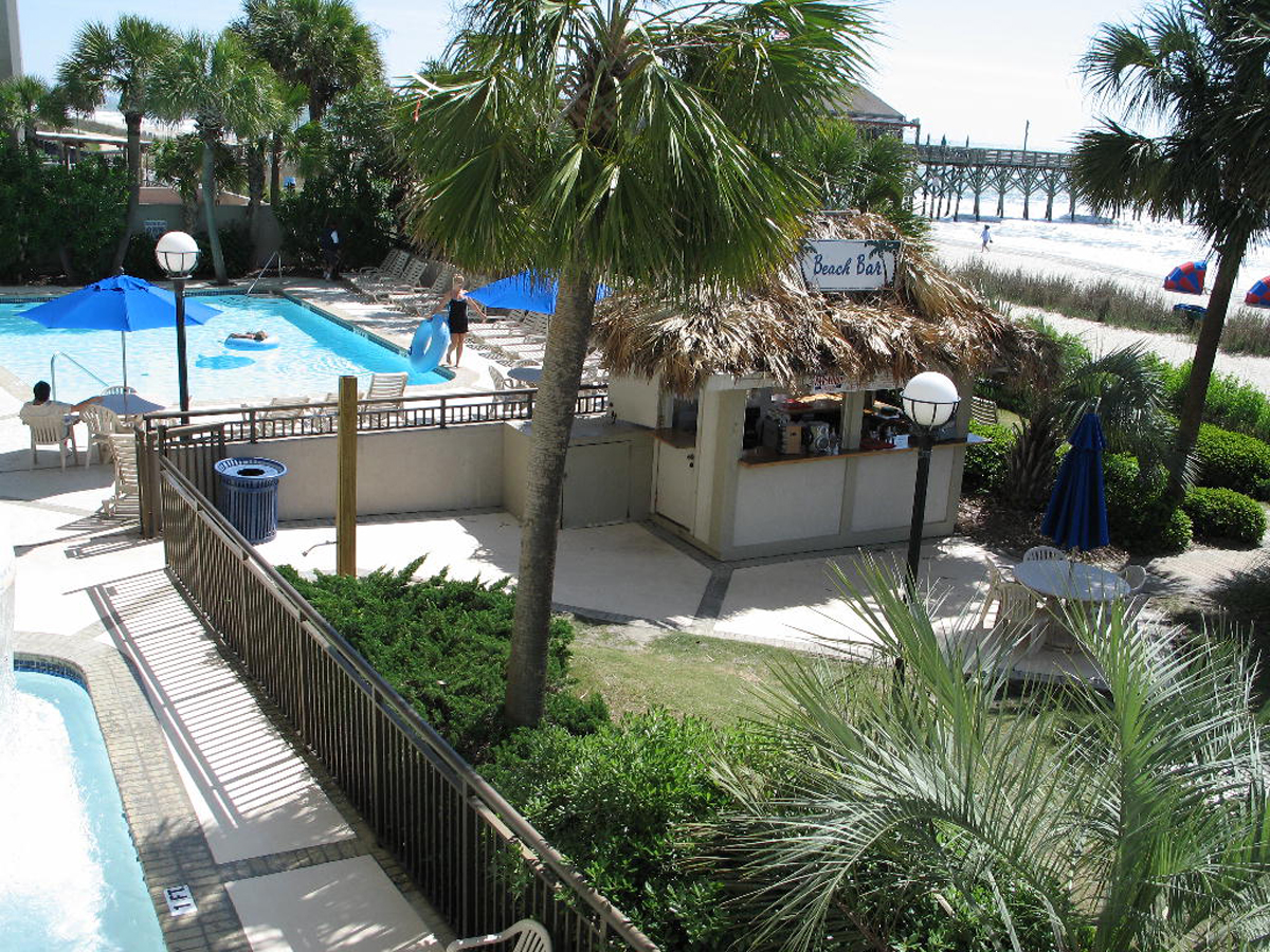 Holiday Inn at the Pavilion Outdoor Pools & Beach Bar