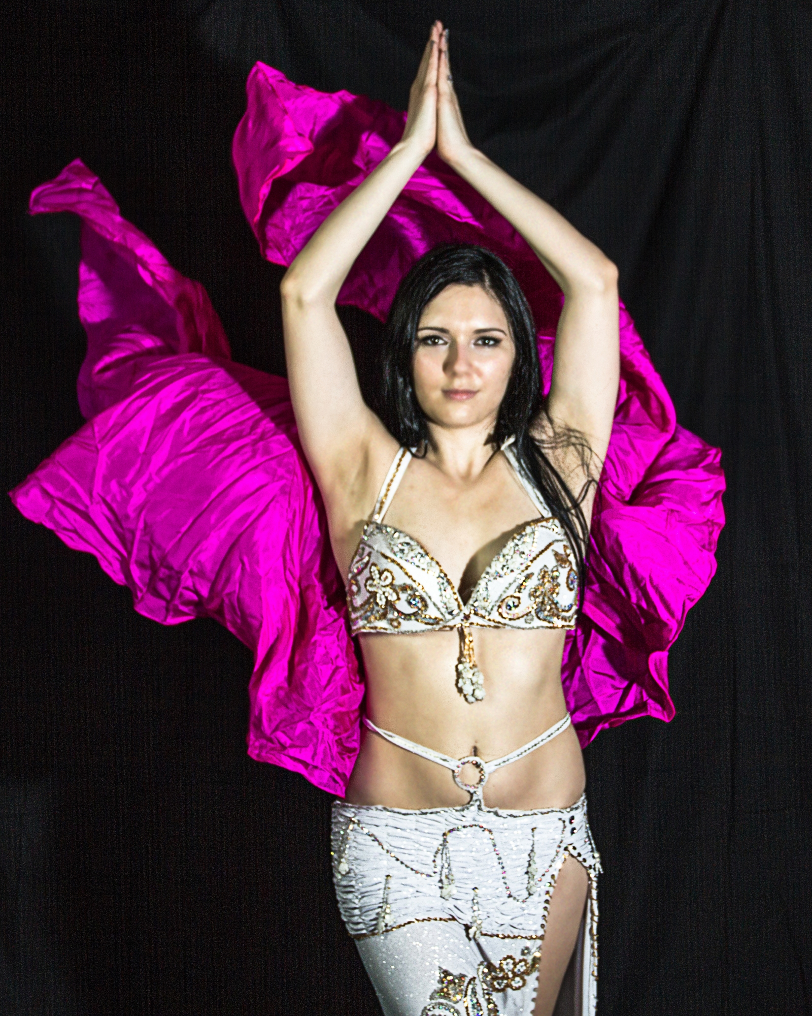 an argument against female inferiority in diane wakoskis belly dancer The anterior is both that against which the book revolts burlesque and belly dancers, and an art show full of jewelry diane wakoski.