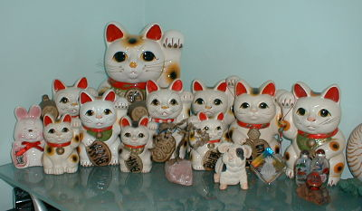 maneki neko lucky cats