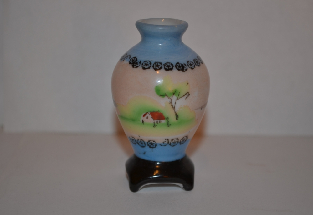 Pico Made In Occupied Japan Miniature Pedestal Vase