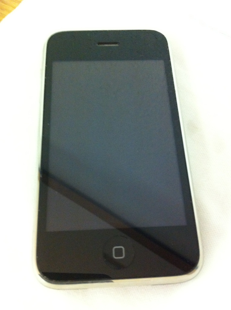 iPhone 3G 8G- Used