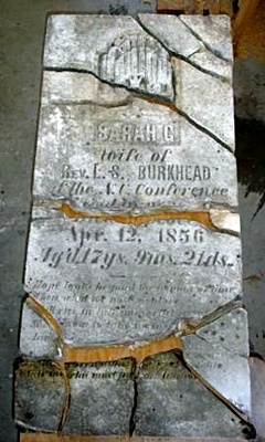 Consolidated headstone