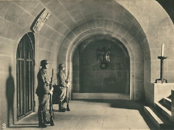 Tannenberg-Denkmal