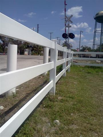 3 rails PVC (vinyl) Fence Orlando