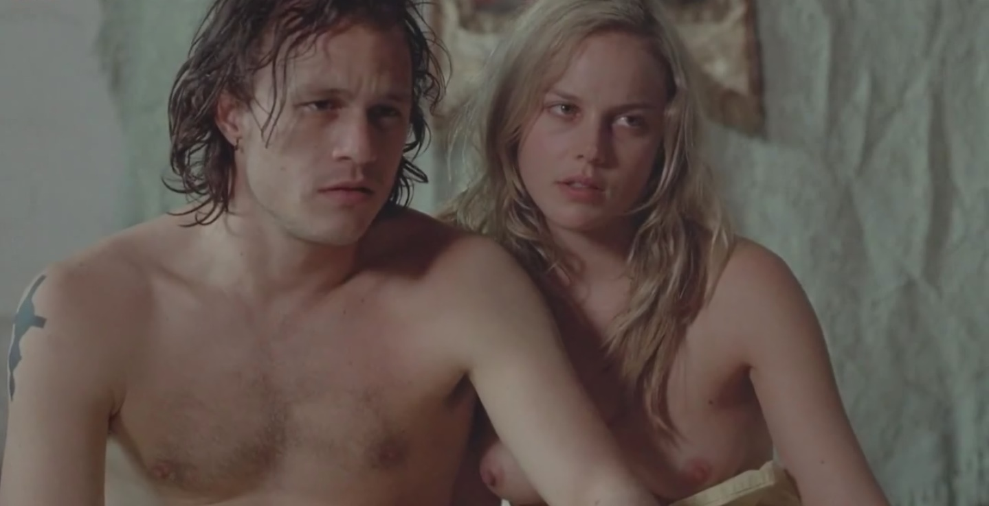 Abbie Cornish nude in bed