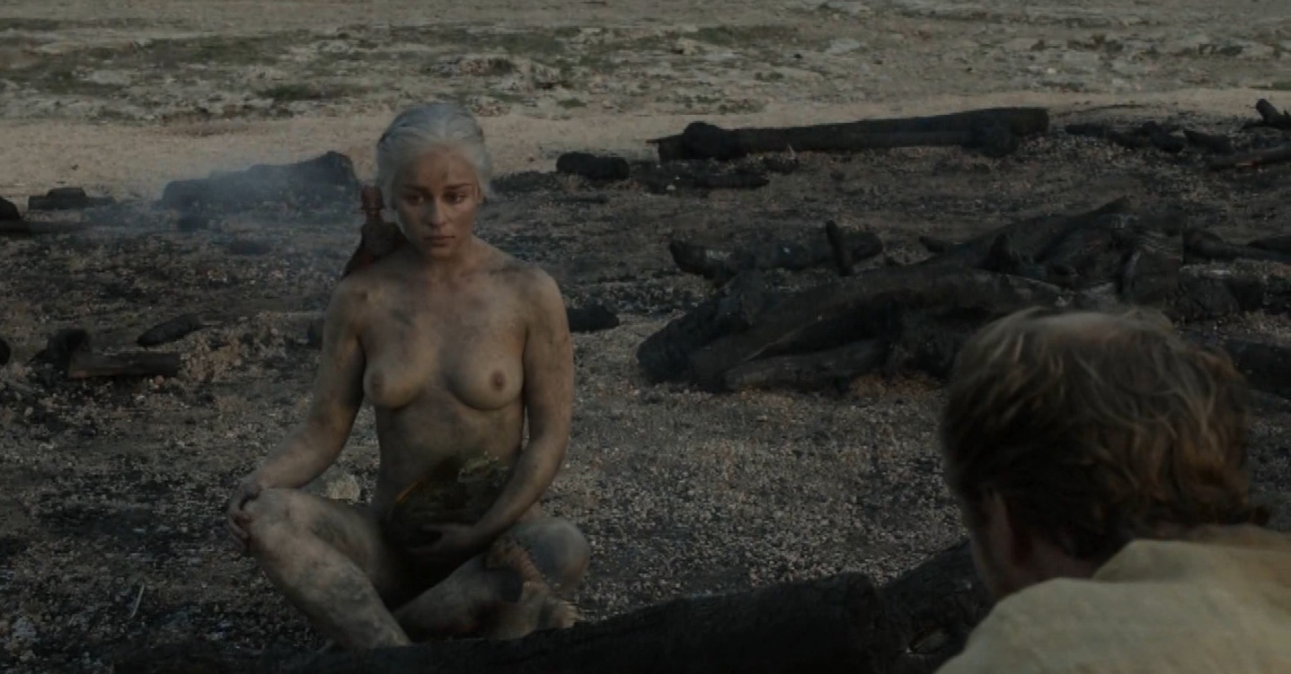Emilia Clarke nude